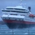 Docking a ship under severe wind conditions
