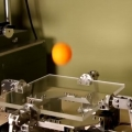 Robot bouncing and balancing ping pong balls with excellent control